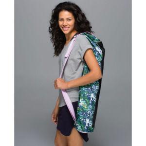 Lululemon Floral Yoga Bag Water-repellent NWOT